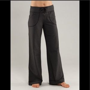 Lululemon STILL Pants TALL drawstring Pockets Wide